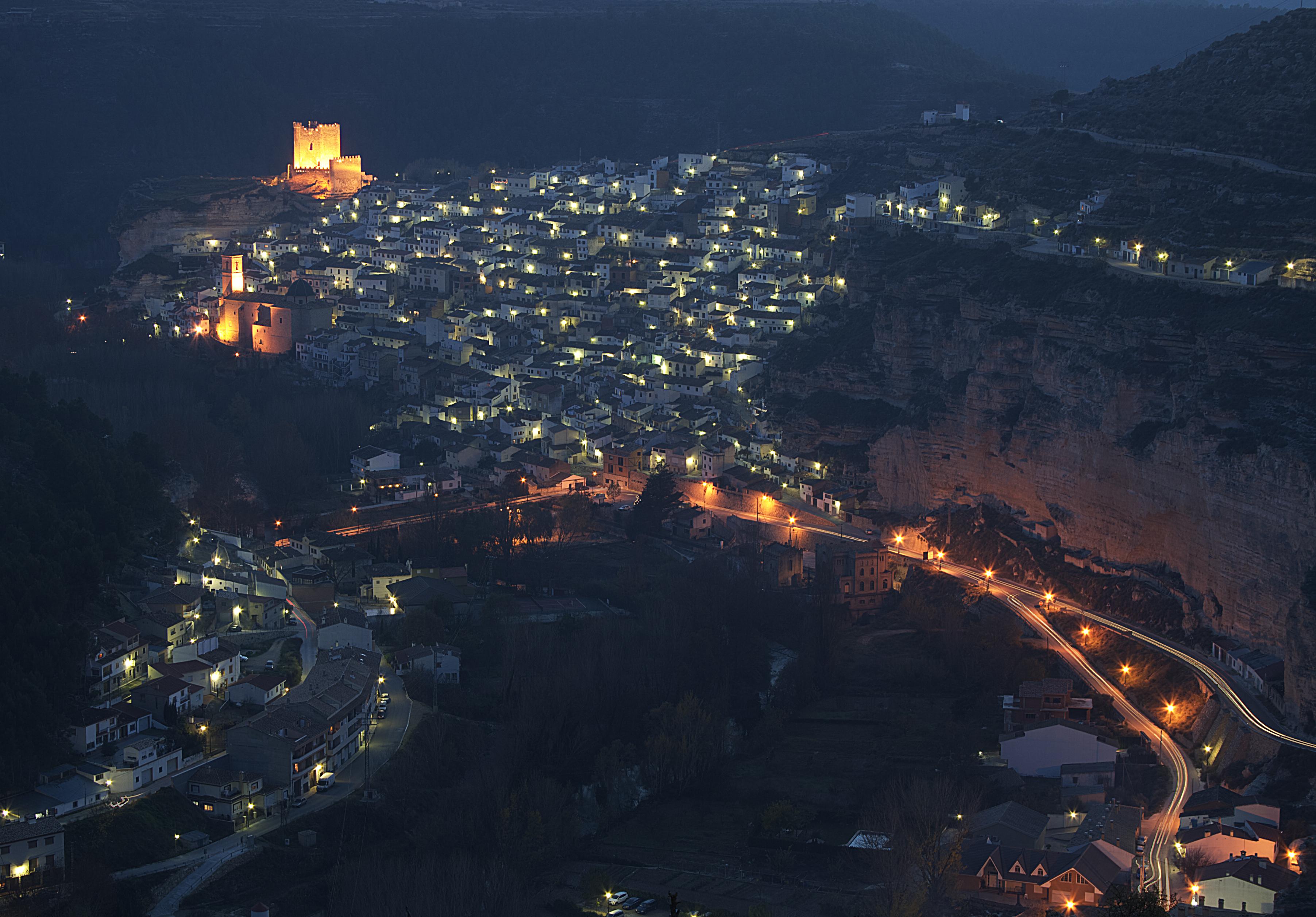 6506164599 40c90a9bef o Alcalá del Júcar, el lugar perfecto para hacer turismo rural en otoño